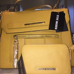 NWT Steve Madden bag and wristlet